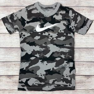 The Nike Tee Youth Dessert Camo Camouflage T-shirt